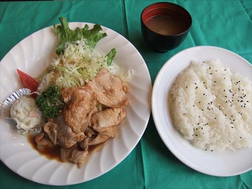 三本コーヒー金沢八景店7生姜焼