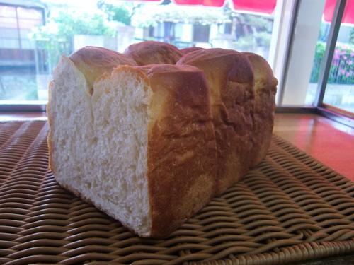 ベーカリー カナザワ食パン8